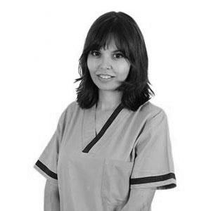 Iara Sánchez - Enfermera implantes dentales